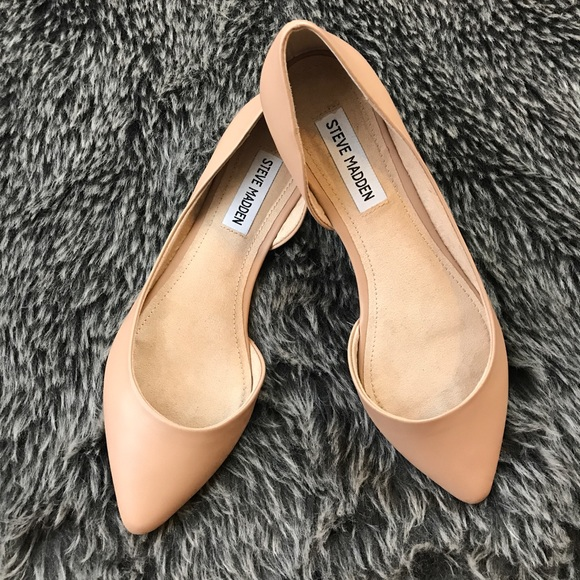 ca5f98773d2 Steve Madden Elusion Pointed Flats Nude Size 7
